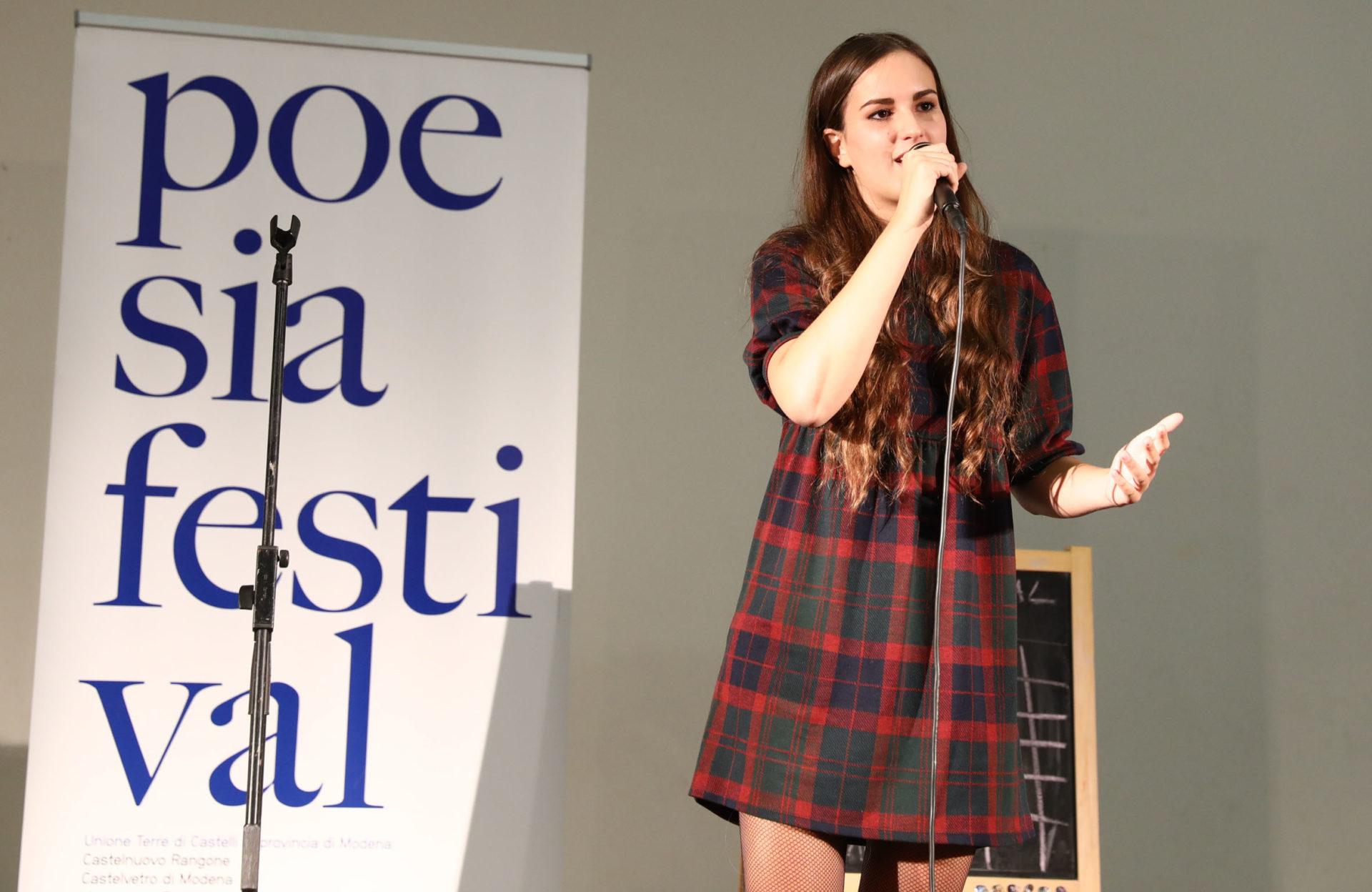 Eugenia Galli Castelli poetry Slam - Poesia Festival 2017 photo © Serena Campanini