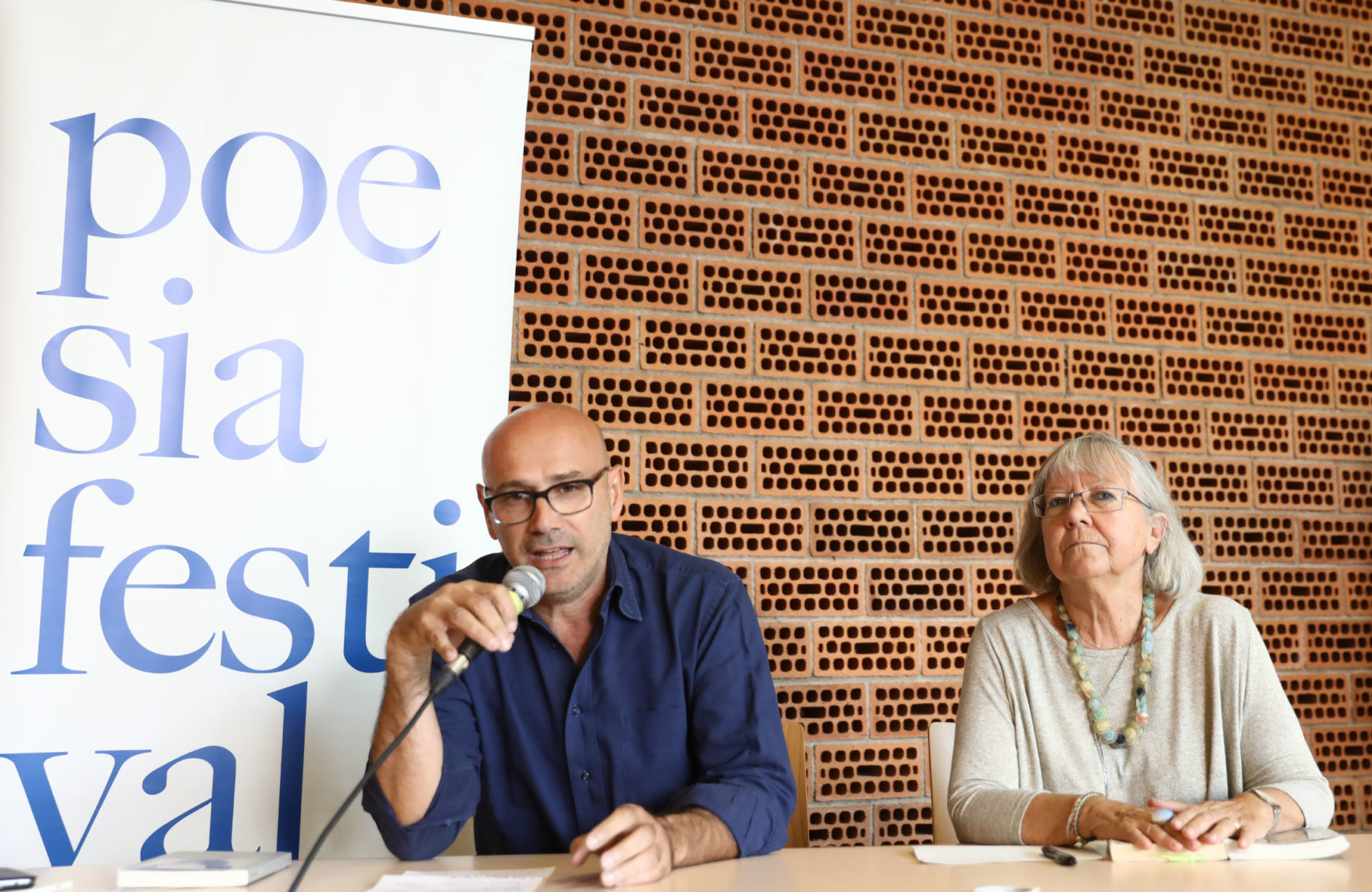 Roberto Galaverni e Vivian Lamarque a Poesia Festival '17 - photo © S.Campanini